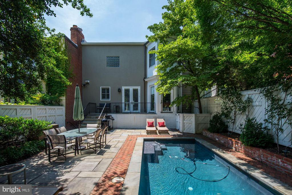 Garden and Pool - 1409 29TH ST NW, WASHINGTON