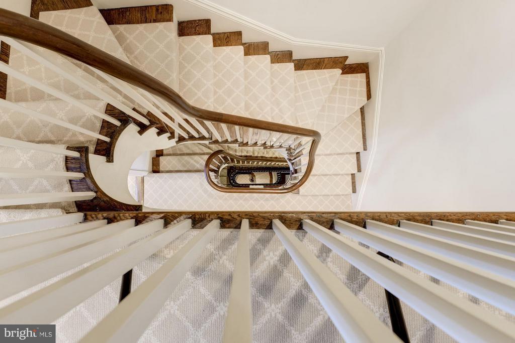 Staircase - 3263 N ST NW, WASHINGTON