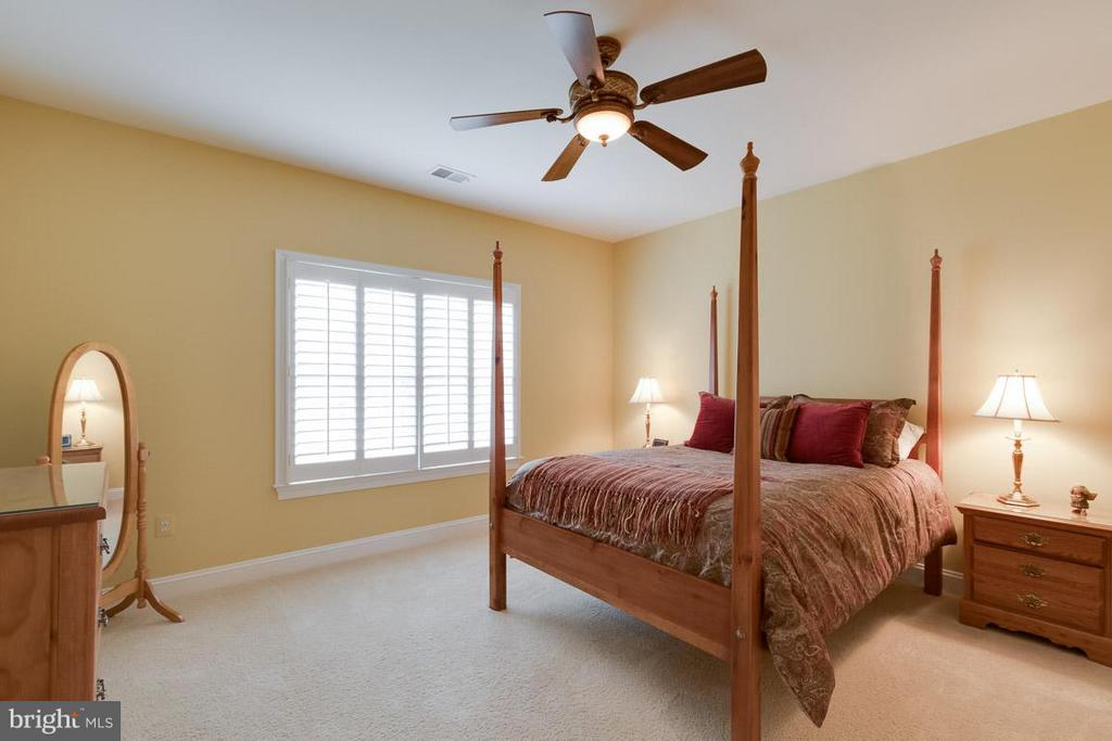 Bedroom - 42814 APPALOOSA TRAIL CT, CHANTILLY