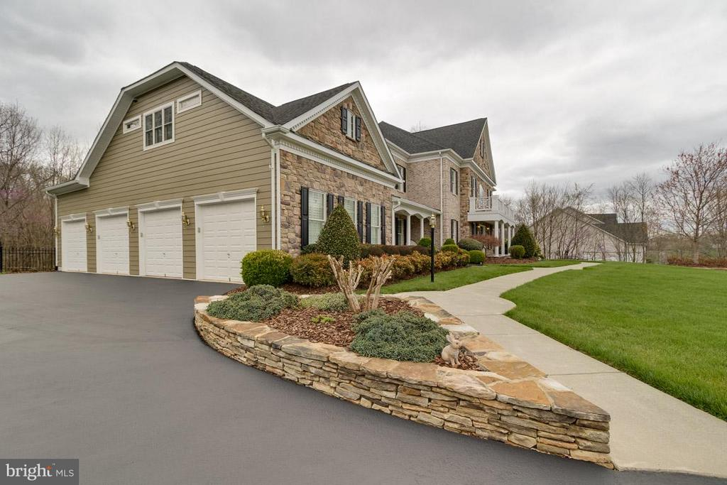 Exterior (General) - 42814 APPALOOSA TRAIL CT, CHANTILLY