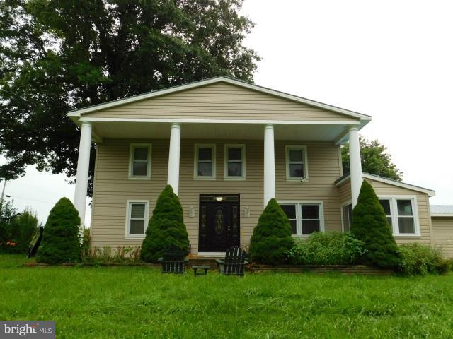 Single Family for Sale at 1264 Tearcoat Rd Augusta, West Virginia 26704 United States