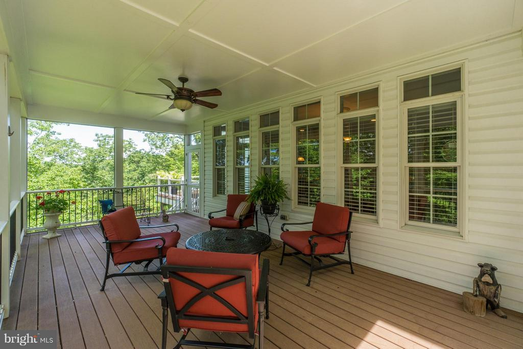 Screened-In Porch - 8100 LONGTREE RD, MANASSAS