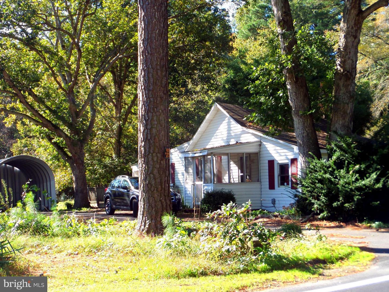 Photo of home for sale at 26486 Mount Joy Road, Millsboro DE