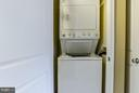 Laundry in unit - 851 GLEBE RD #1518, ARLINGTON