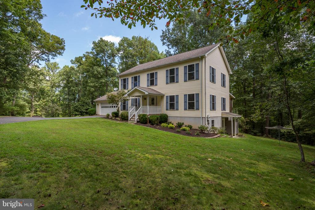 7041  CATBIRD LANE, Marshall in FAUQUIER County, VA 20115 Home for Sale