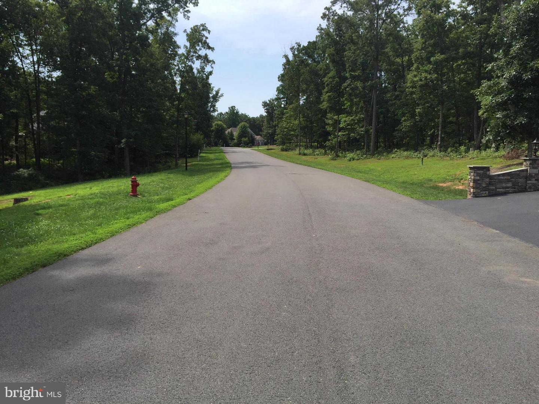 Additional photo for property listing at 11305 Hidden Cv  Spotsylvania, Virginia 22551 United States