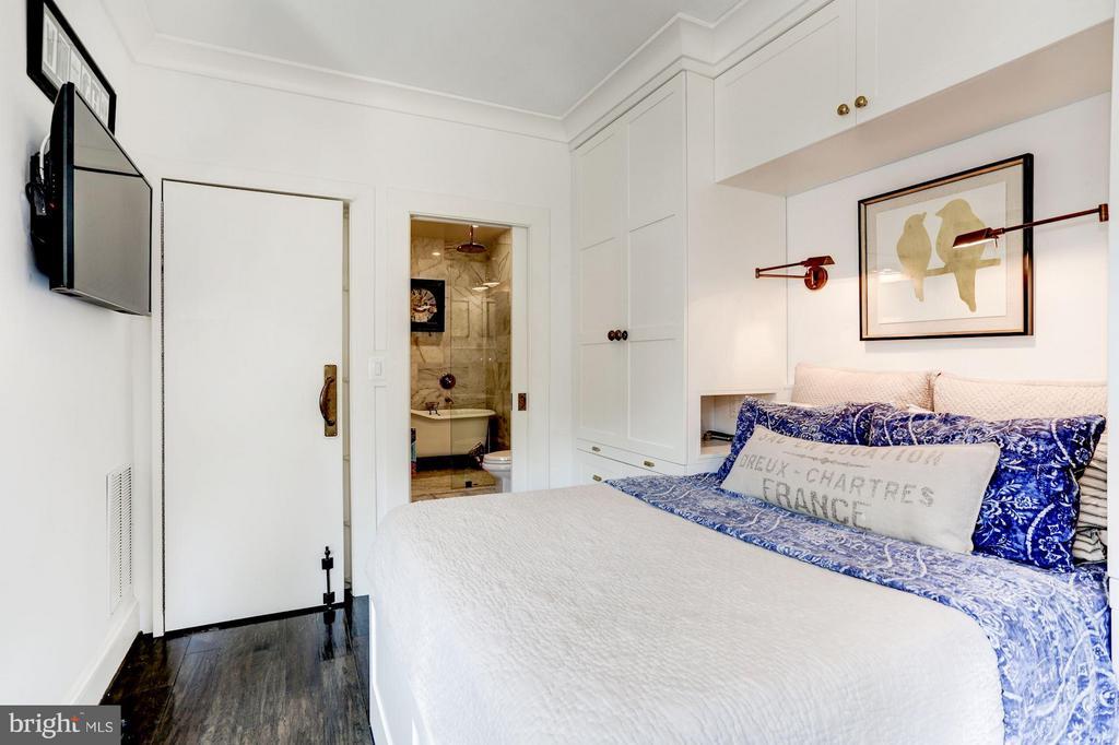 Main Floor bedroom, custom built-in storage - 1223 5TH ST NW, WASHINGTON