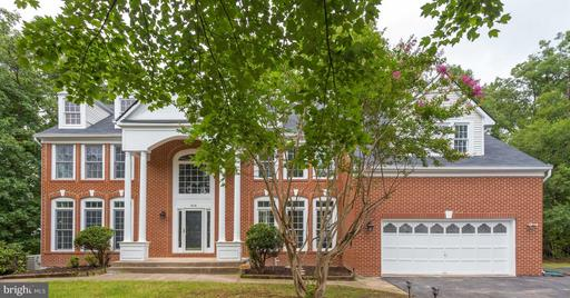 848 SPRING KNOLL DR