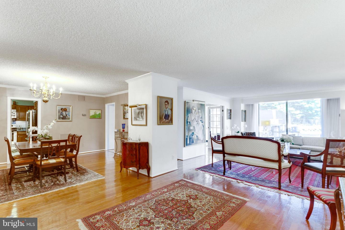 Single Family Home for Sale at 1800 Old Meadow Rd #108 1800 Old Meadow Rd #108 McLean, Virginia 22102 United States