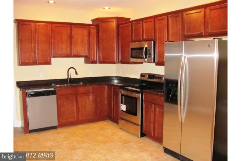 Other Residential for Rent at 7032 Jefferson Davis Hwy #basement Spotsylvania, Virginia 22551 United States