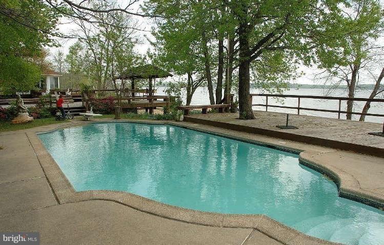 Pool, Decks and Water Views - 10606 BELMONT BLVD, LORTON