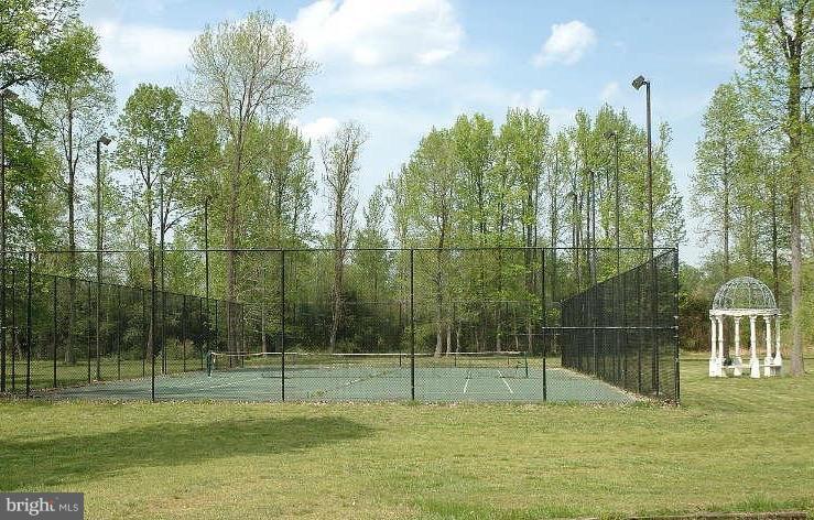 Tennis Court - 10606 BELMONT BLVD, LORTON