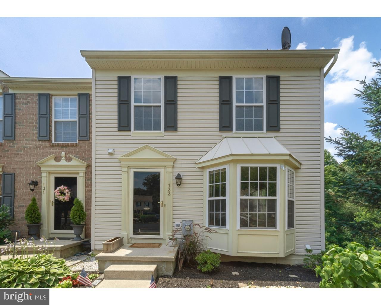 Photo of home for sale at 133 Mount Vernon Court, Deptford NJ