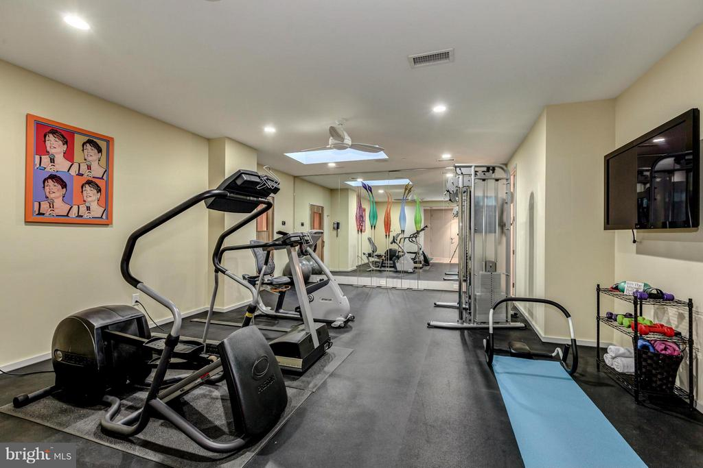 Exercise Room - 2815 WOODLAND DR NW, WASHINGTON