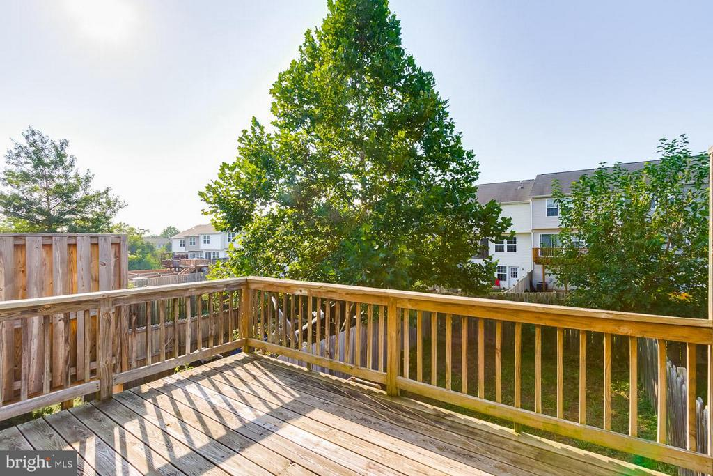 Deck - 319 COPPERFIELD LN, WINCHESTER