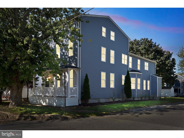 Villa per Vendita alle ore 300 WASHINGTON Street Delaware City, Delaware 19706 Stati Uniti