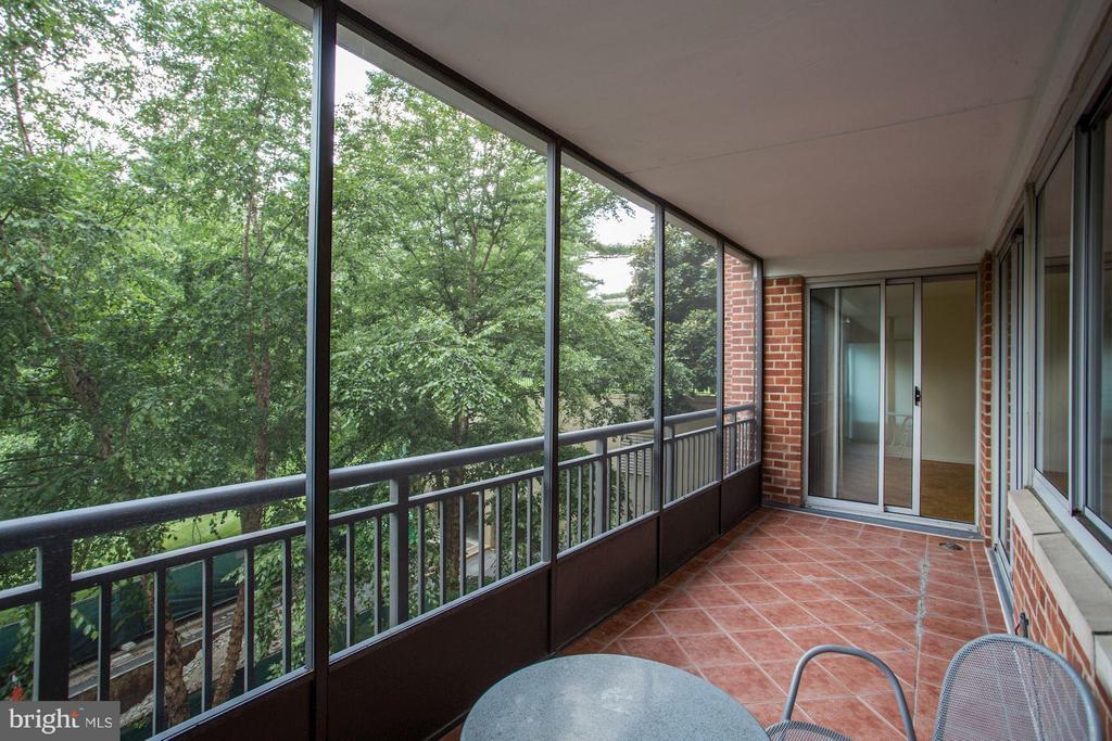 Private Balcony - 3900 WATSON PL NW #G1C-B, WASHINGTON