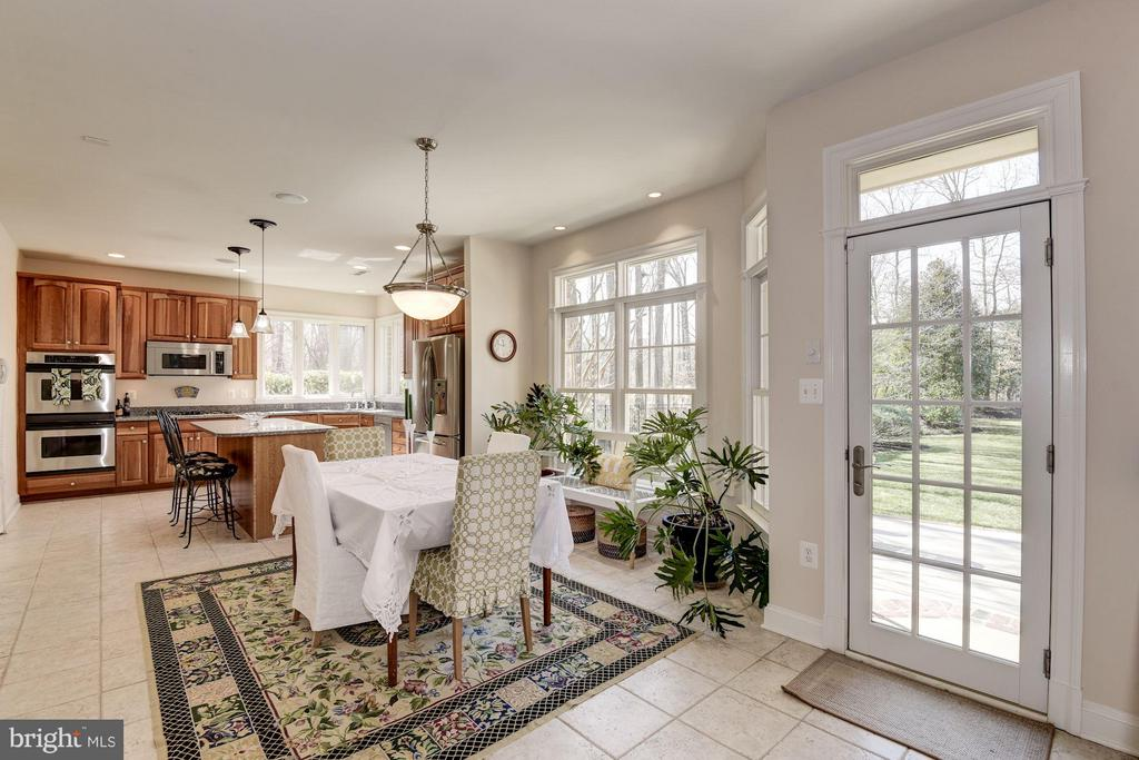 Kitchen - 11203 GUNSTON RD, LORTON