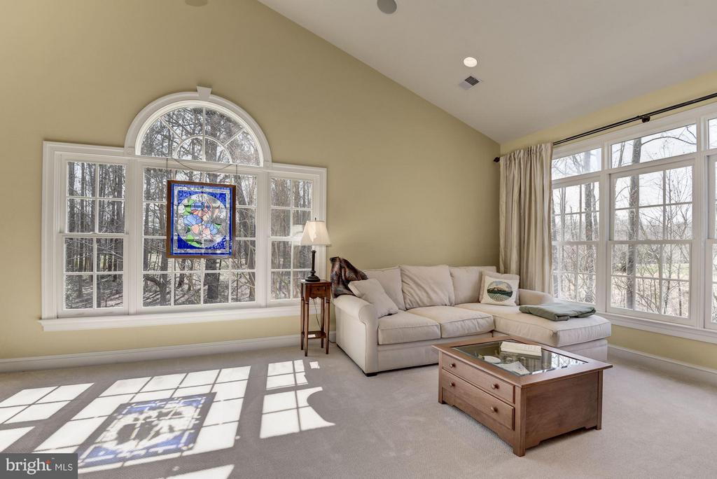 Sitting Room in Master Bedroom - 11203 GUNSTON RD, LORTON