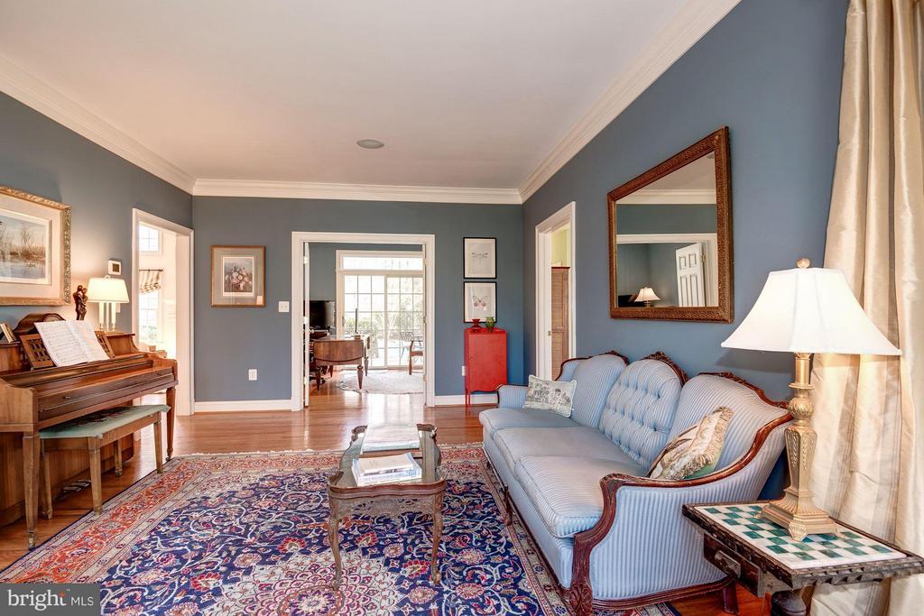 Living Room - 11203 GUNSTON RD, LORTON