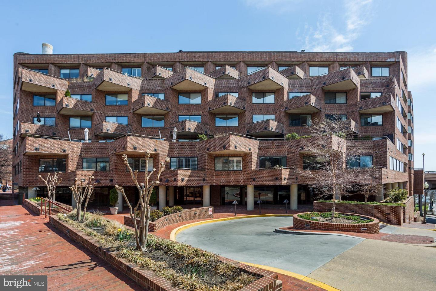 Single Family for Sale at 1015 33rd St NW #608 Washington, District Of Columbia 20007 United States