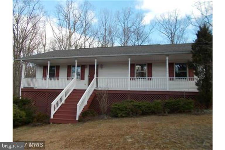 Single Family for Sale at 569 Chantilly Ln Inwood, West Virginia 25428 United States