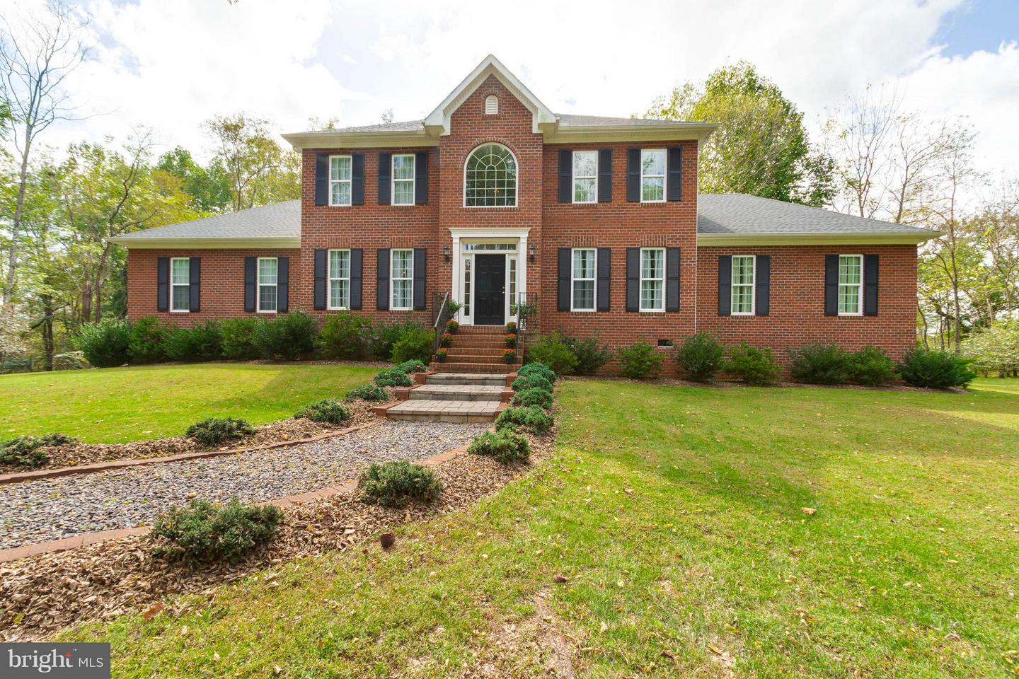 Single Family for Sale at 17400 Ryland Chapel Rd Rixeyville, Virginia 22737 United States