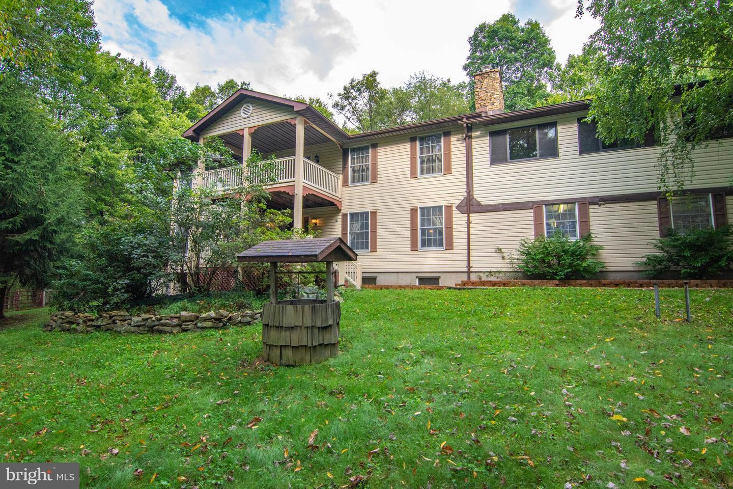 Farm for Sale at 518 Blue Goose Rd Friendsville, Maryland 21531 United States
