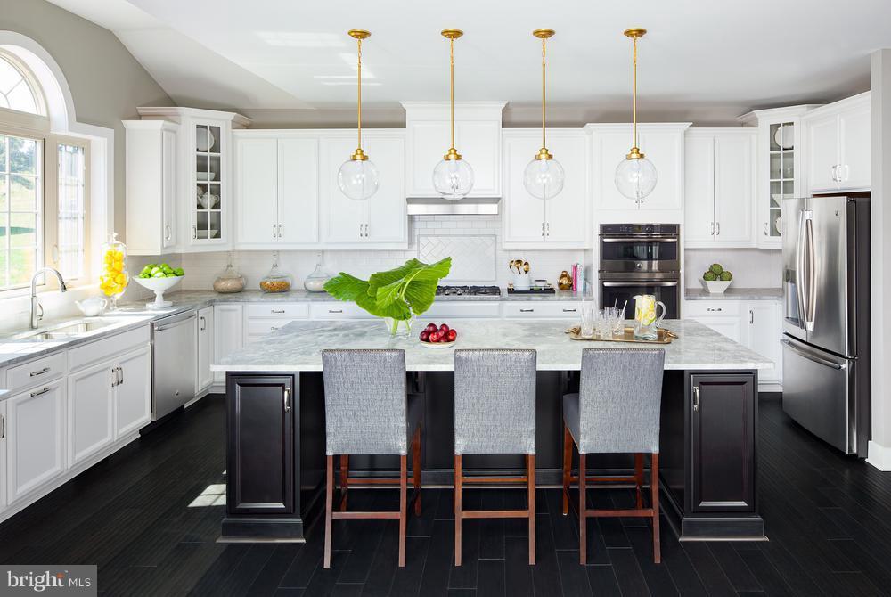 Duke Kitchen - 4602 BRIDLE RIDGE RD, UPPER MARLBORO