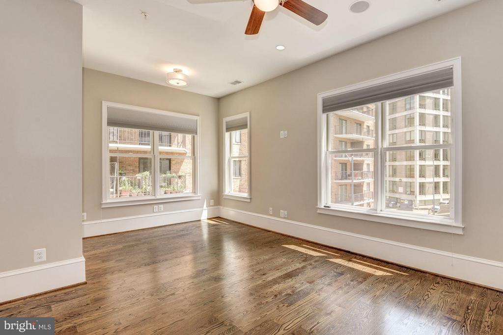 All bedrooms have en-suite bathrooms - 1728 P ST NW, WASHINGTON