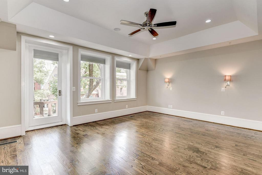 Master Bedroom that can accommodate a king bed - 1728 P ST NW, WASHINGTON