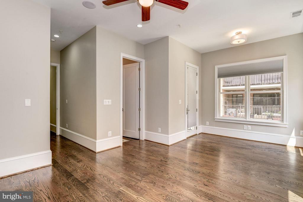 There are 6 bedrooms total - 1728 P ST NW, WASHINGTON