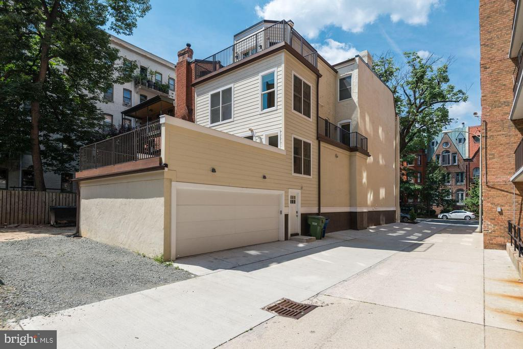 It has a 2-car garage and 1 surface parking space - 1728 P ST NW, WASHINGTON