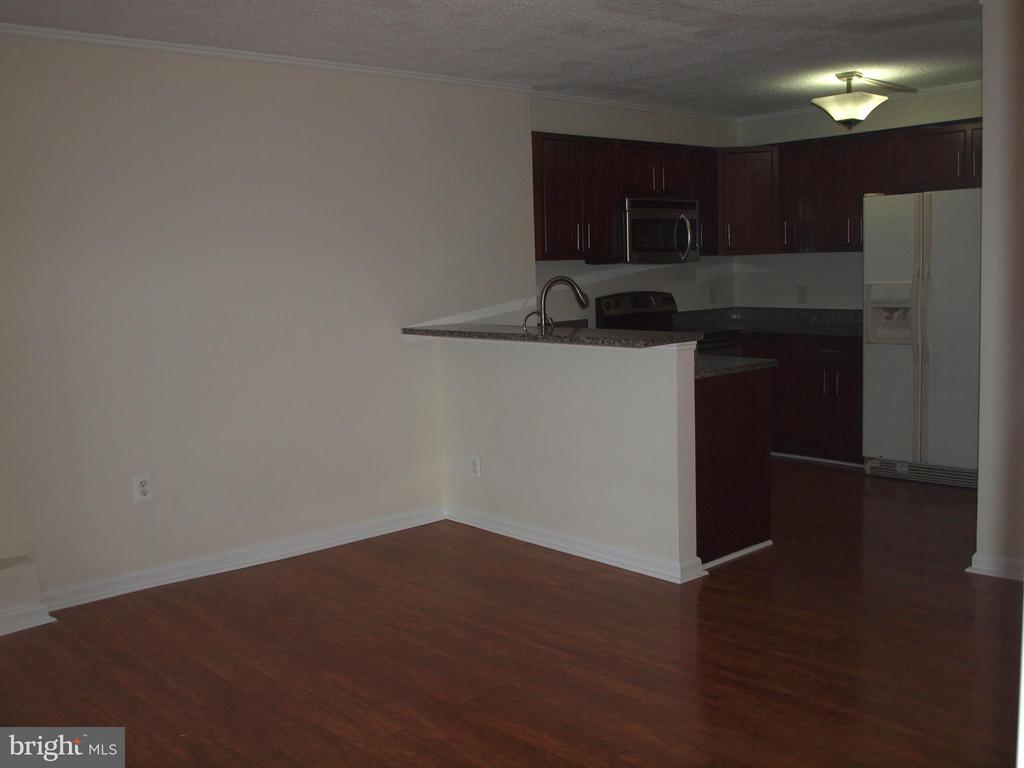 Living Room, breakfast bar, kitchen - 1325 18TH ST NW #207, WASHINGTON