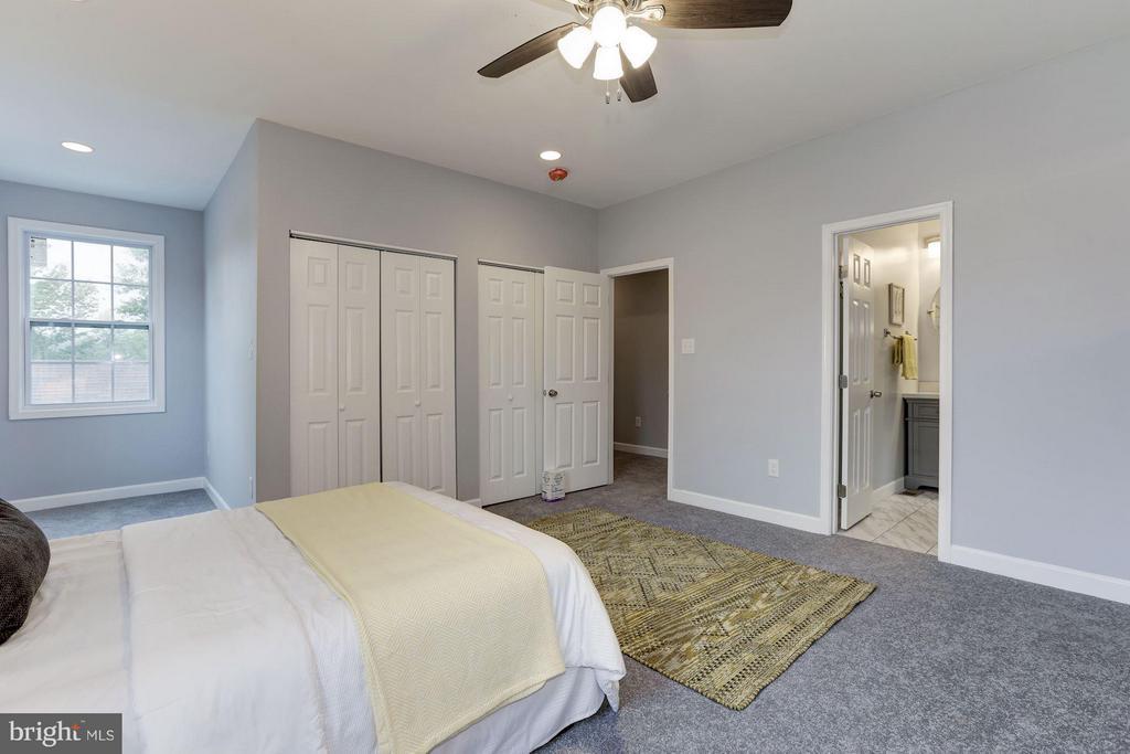 Bedroom (Master) - 6102 KOLB ST, FAIRMOUNT HEIGHTS