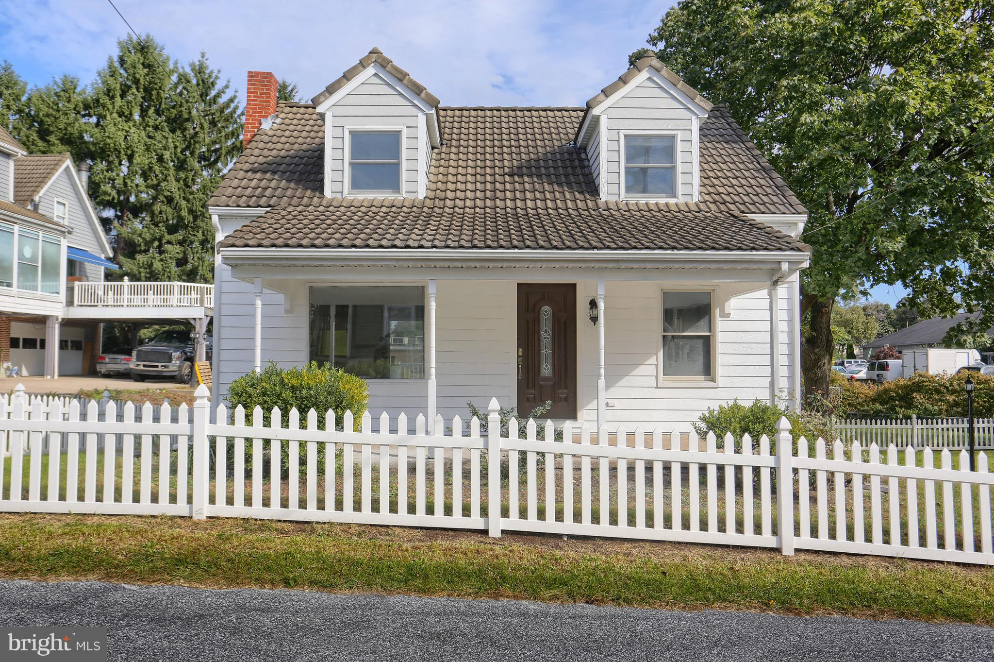 Charming Remodeled Cape Cod