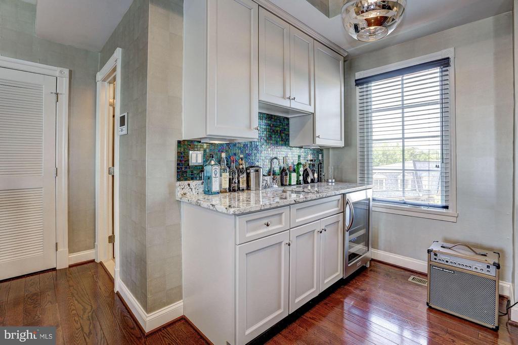 Second Upper Level - Loft/ 3rd Bedroom - 1403 RIDGEVIEW WAY NW, WASHINGTON