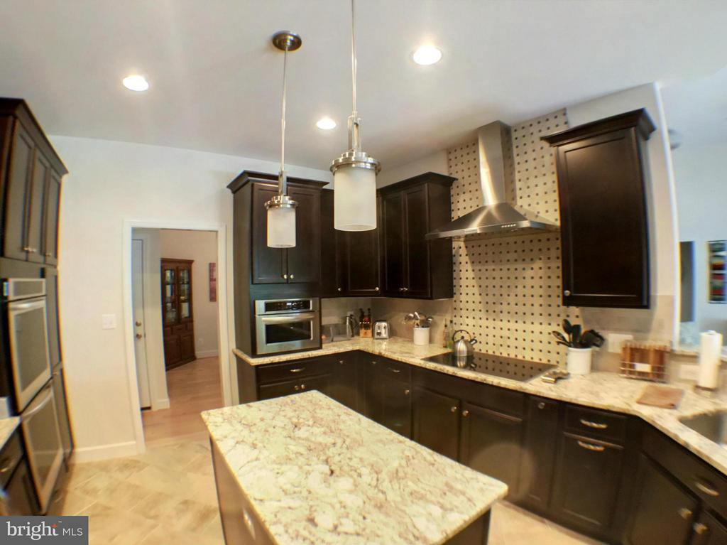 Similar previously built home with upgrades - 507 HARRISON CIR, LOCUST GROVE