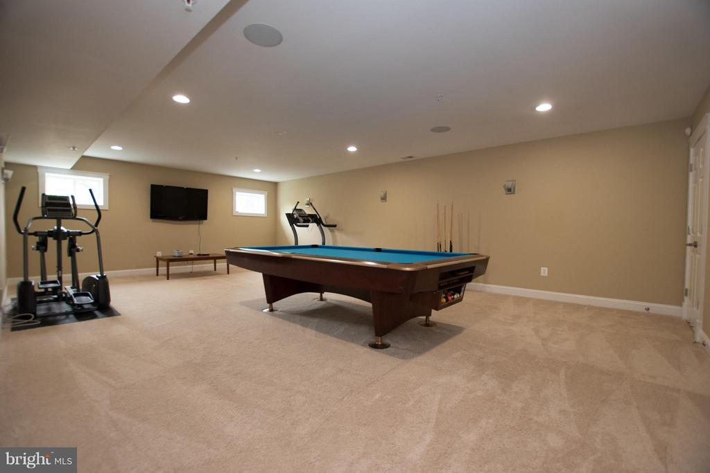 Theater room/pool room  in basement - audio system - 2332 KENMORE ST N, ARLINGTON