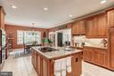 Kitchen - 8702 OLD DOMINION DR, MCLEAN