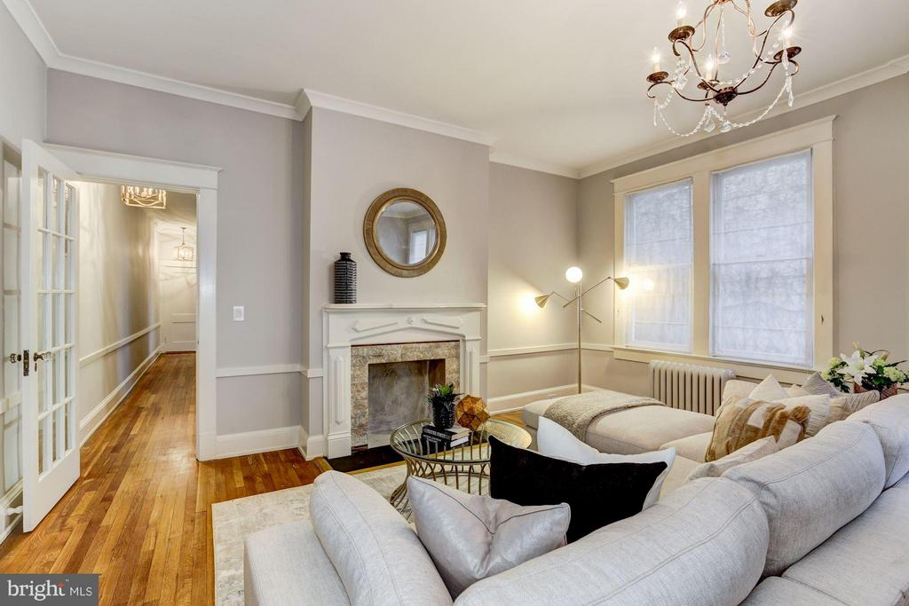 A thoughtfully designed spacious family room. - 3029 O ST NW, WASHINGTON