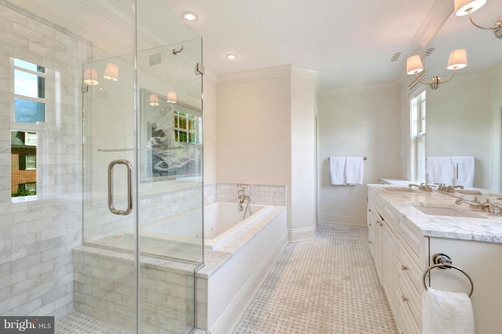 Bath (Master) - 2310 TRACY PL NW, WASHINGTON