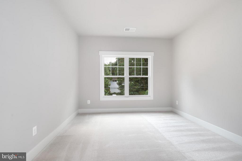 Bedroom - 7506 MCWHORTER PL, ANNANDALE
