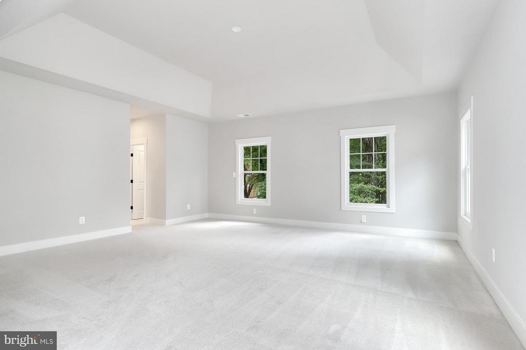 Bedroom (Master) - 7506 MCWHORTER PL, ANNANDALE