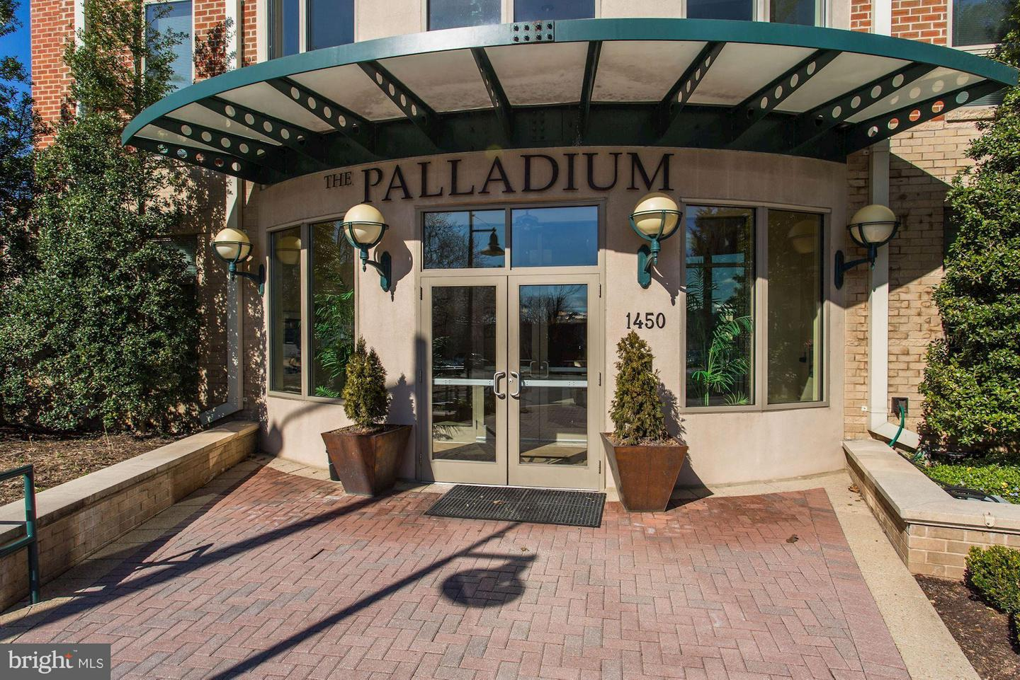 Single Family Home for Sale at 1450 Emerson Ave #314 1450 Emerson Ave #314 McLean, Virginia 22101 United States