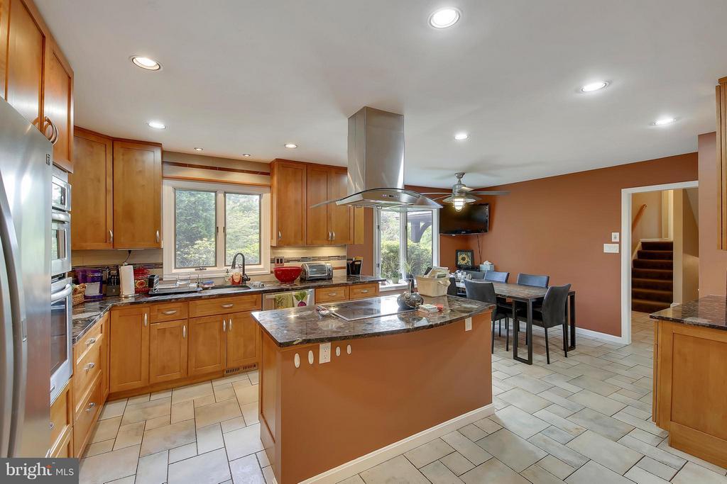 Main Level-Kitchen - 7300 DEER LAKE LN, ROCKVILLE