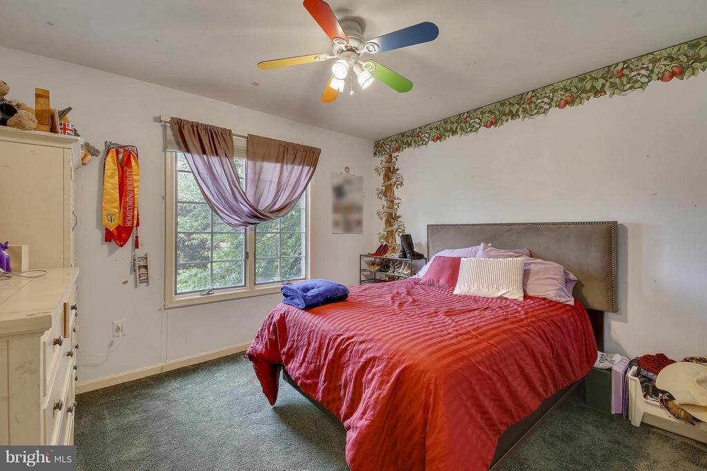Upper Level 1-Bedroom - 7300 DEER LAKE LN, ROCKVILLE
