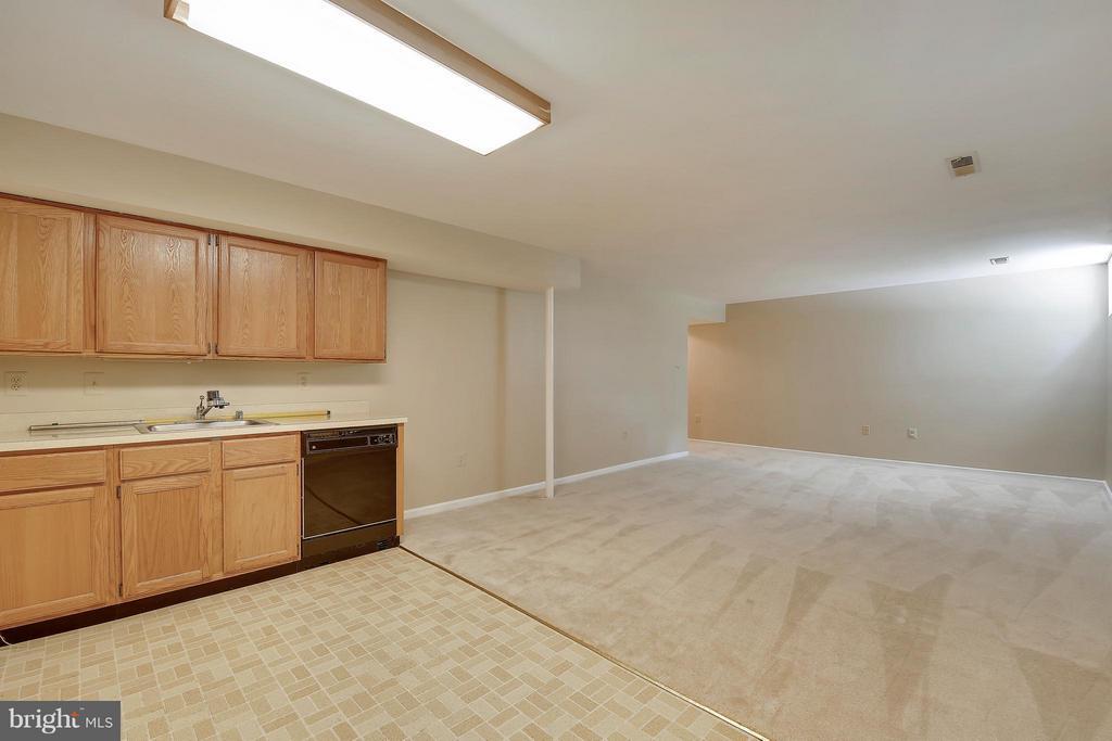 Lower Level 2-Kitchen - 7300 DEER LAKE LN, ROCKVILLE