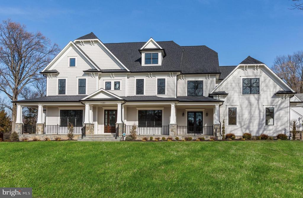 Craftsman Colonial with Stone Detailing - 11201 STEPHALEE LN, ROCKVILLE