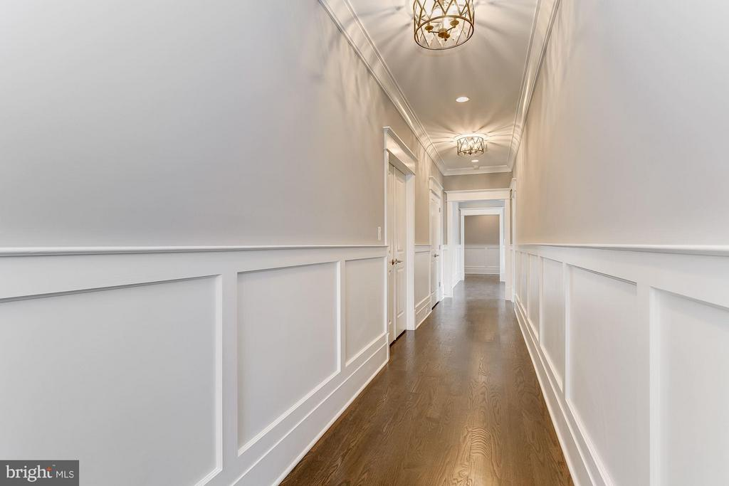 Trim Includes Extensive Wainscoting - 11201 STEPHALEE LN, ROCKVILLE